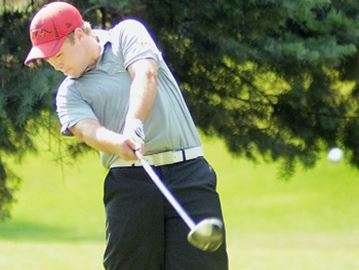 Thornhill competitor takes a swing