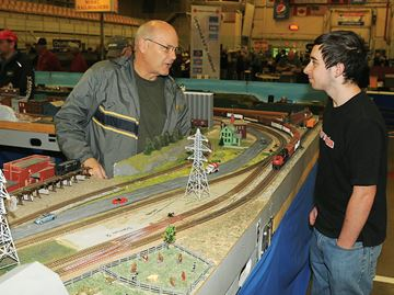 Train buffs on the right track at Midland District Railroad Club show