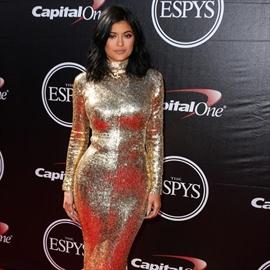 Kylie Jenner's wedding dress plan-Image1