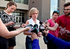 Alberta government to provide cash to evacuees-Image1