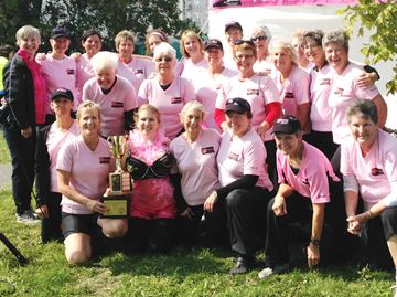 Survivors Abreast wins survivor trophy at Kingston races - Sept. 20, 2014