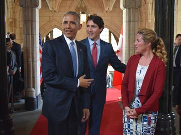 Obama visits Parliament Hill