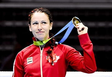 Bujold claims gold