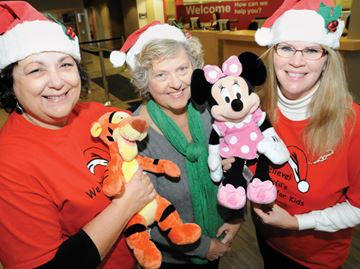 Christmas for Kids donates toys to Innisfil children
