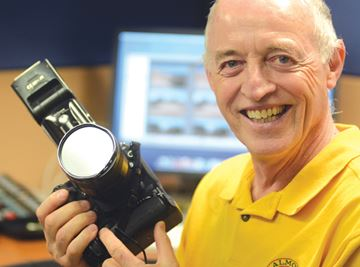 Photojournalist retires
