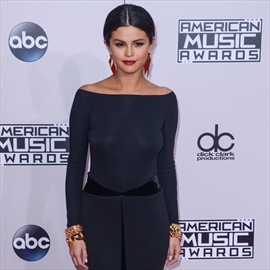 Selena Gomez's pals 'worried' about Justin Bieber reunion-Image1