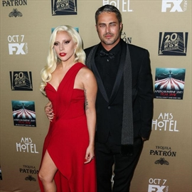 Lady Gaga 'freaks out' her fiance-Image1