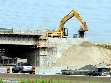 Holt Road Construction
