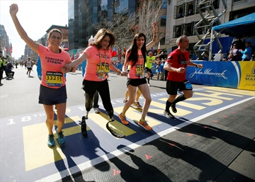 In show of defiance, 32,000 run Boston Marathon-Image1