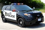 Suspect leaves empty-handed after kicking in door to Oakville home
