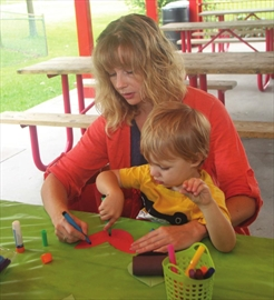 Momstown events hope to entertain parents and tots– Image 1