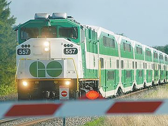 how to go to ottawa by train from mississauga