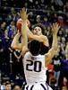 Daniels and Bonam each score 24 as Utah beats Washington-Image7
