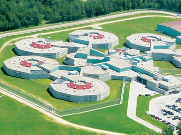 Guards at CNCC in Penetanguishene not impressed by tentative agreement, says local union president