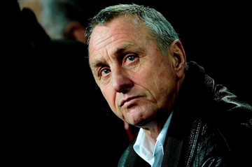 Cruyff, sure of cancer recovery, says he leads disease 2-0-Image1