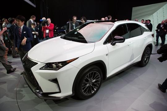 Cambridge Built 2016 Lexus Rx Makes World Debut In New