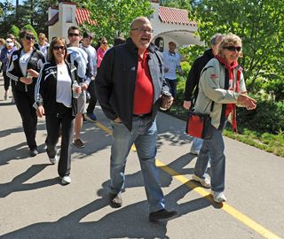 Participants in the fifth annual Stroll for Liver head out onto the trail at Springbank Park on Saturday morning (May 24).
