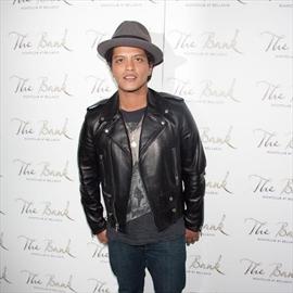 Bruno Mars to produce sitcom-Image1