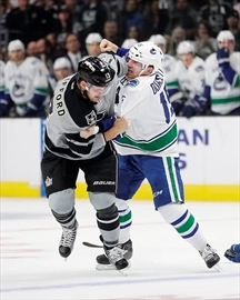 Pearson gets goal, scores again in SO; Kings top Canucks-Image1