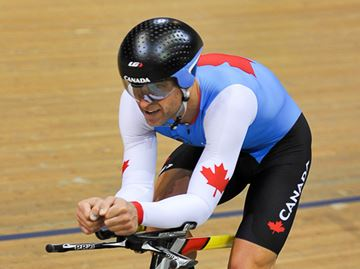 Barrie cyclist becomes Canadian record-holder