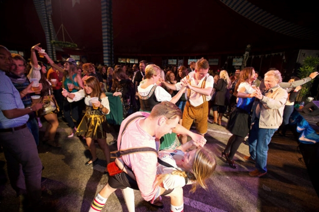 Toronto Oktoberfest Put On Your Best Dirndl Or Lederhosen
