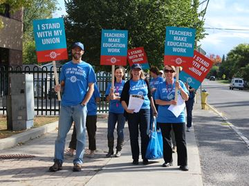 Support workers strike while ETFO returns to table