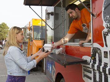 Food trucks in Burlington