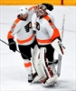 Simmonds leads Flyers past Predators 4-2 for 5th straight-Image3