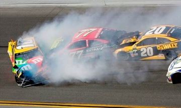 Column: Hype, new format didn't equal must-watch Daytona 500-Image1