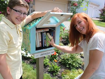 Little free libraries springing up around Ottawa