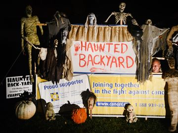 Haunted house in Oakville goes extra mile on Halloween