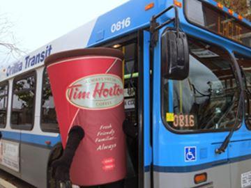 Free buses for Orillia Santa parade