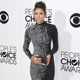 Vampire Diaries producers begged Nina Dobrev to stay-Image1