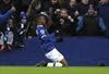 Everton pounds Man City