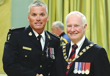 Well-known OPP officer receives Police Forces Order of Merit– Image 1