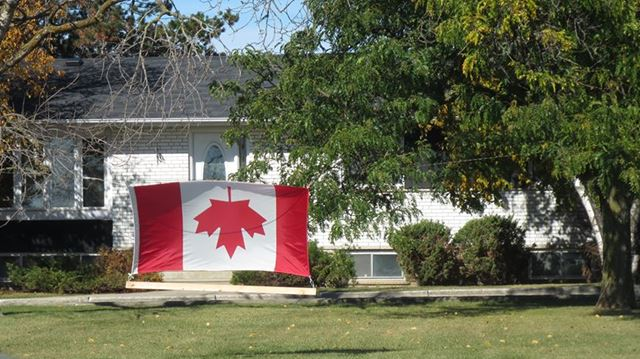 how to become a canadian resident from us