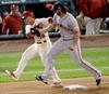 Bumgarner tames Cardinals, Giants take NLCS lead-Image1