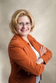 Newmarket-Aurora NDP candidate Yvonne Kelly