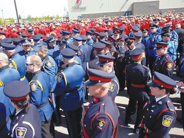 how to become a police officer in york region