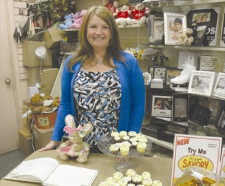 Glenda Bak, owner of Special Greetings, celebrated 25 years in business Saturday, April 5. The Russell Street store was packed with people offering their congratulations and sharing in the celebration by munching on cupcakes and signing a special anniversary guestbook.