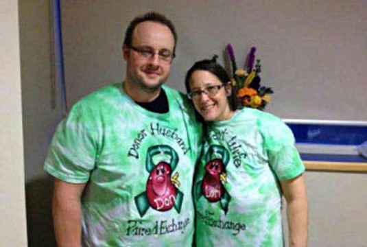 Man donates kidney to a stranger to save his ailing wife ...