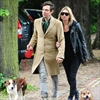 Kate Moss and Jamie Hince in dog fight-Image1