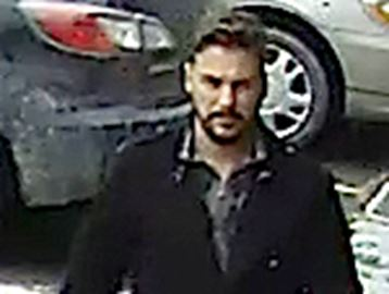 Police release photo of suspected foot licker wanted in Barrie, Innisfil and York Region