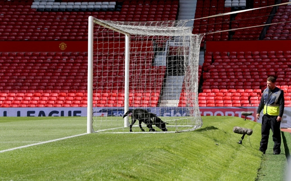 Bomb experts carry out controlled explosion at Man Utd's Old Trafford