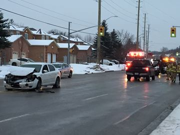 Driver charged with being impaired by drugs after head-on crash in Barrie