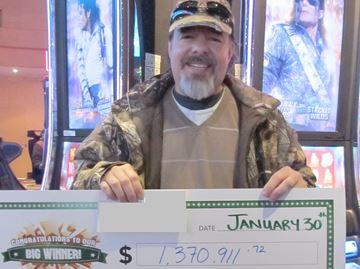 Everett man wins $1.3 million at Georgian Downs