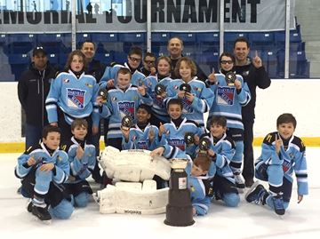 Wolves win all-Oakville final to claim Sabatino Memorial atom title