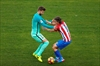 Pique and Ramos in spat as title race heats up in Spain-Image1