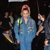 Miley Cyrus breaks down on SNL-Image1