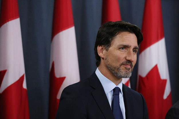 Don't pretend you don't care about Justin Trudeau's new beard